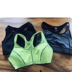 🤾♀️ 3/ $30 Sports Bra Bundle Size Small